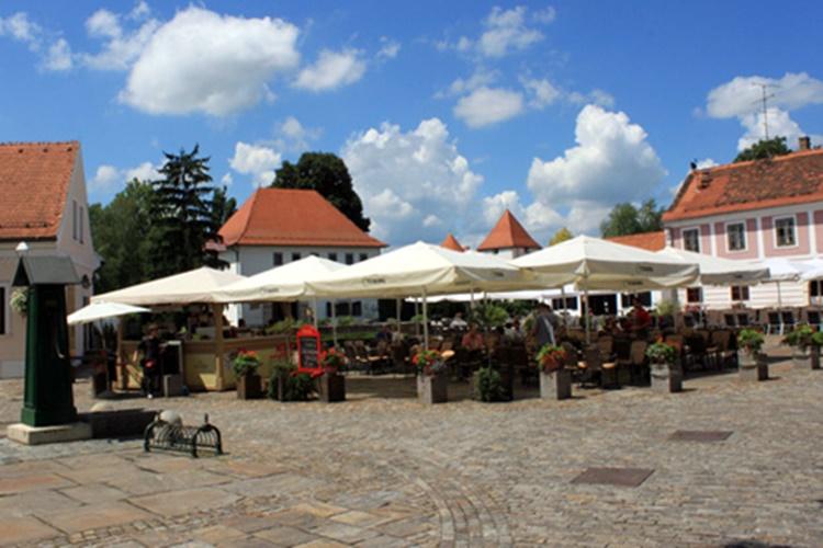 Stančićev trg