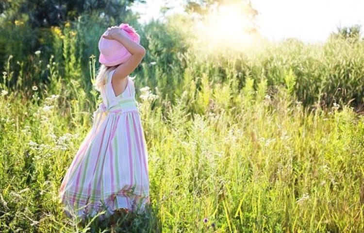 djevojcica vrijeme sunce