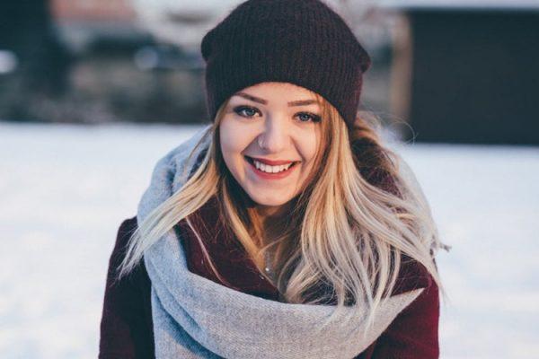 djevojka zima