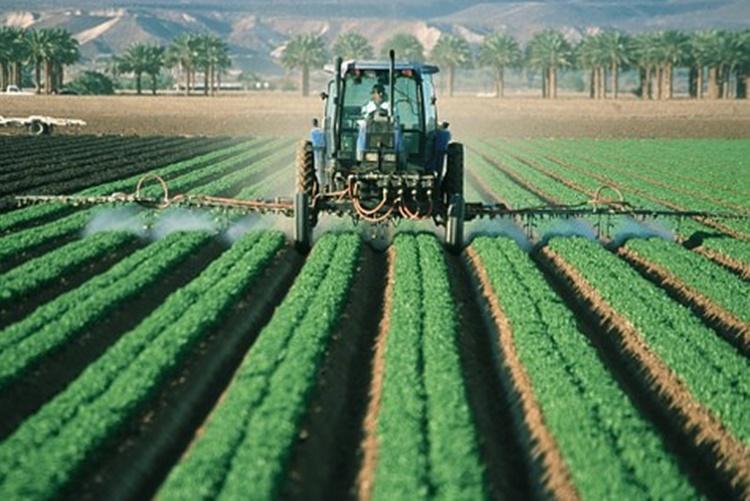 poljoprivreda traktor 2
