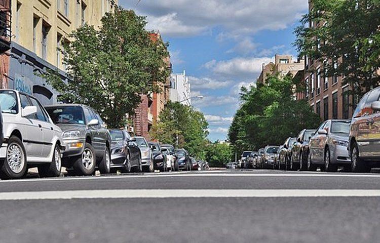 automobili parkiranje