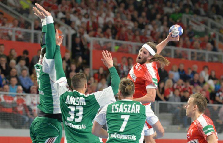 EURO_Madarska_Danska (22) Hansen 3