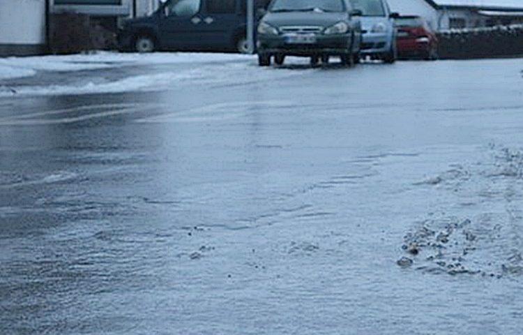 zima led cesta snijeg