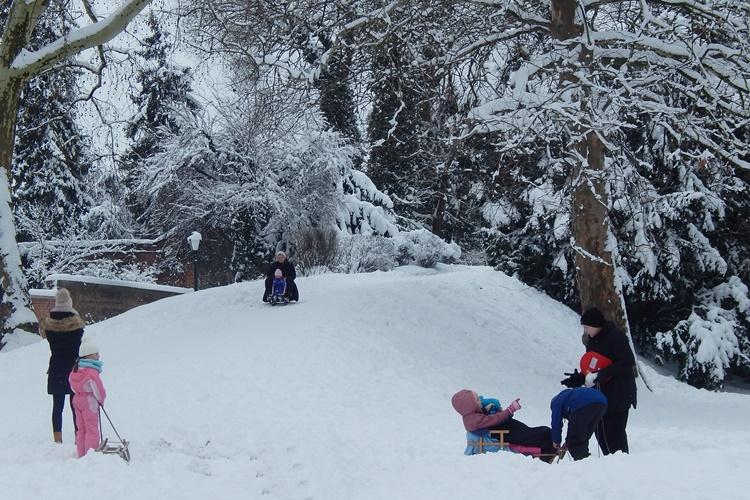 starac snijeg 3
