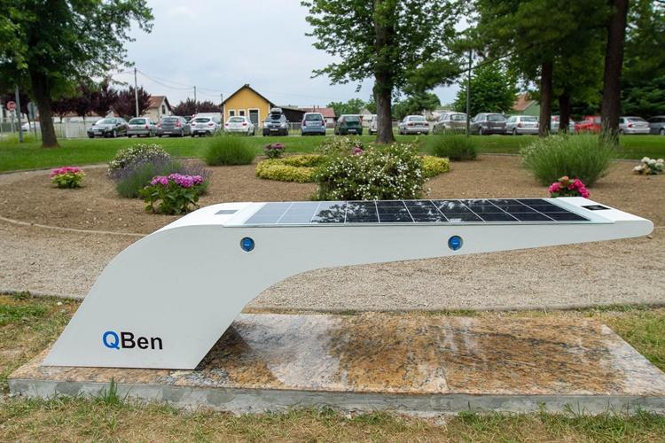 solarna klupa
