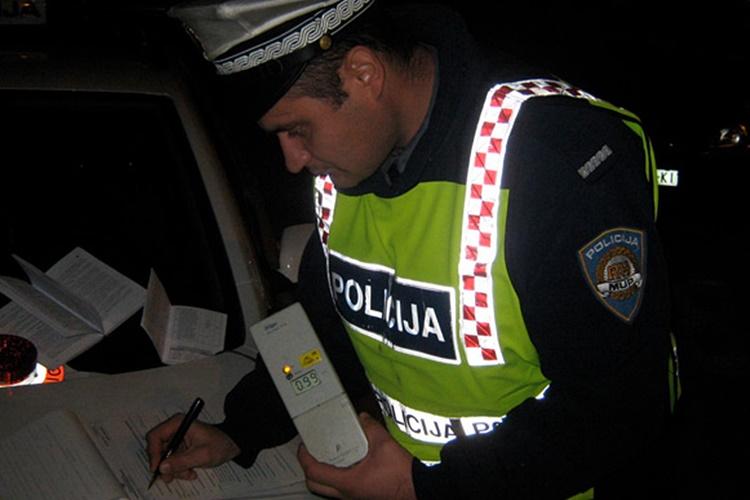 policija alkohol