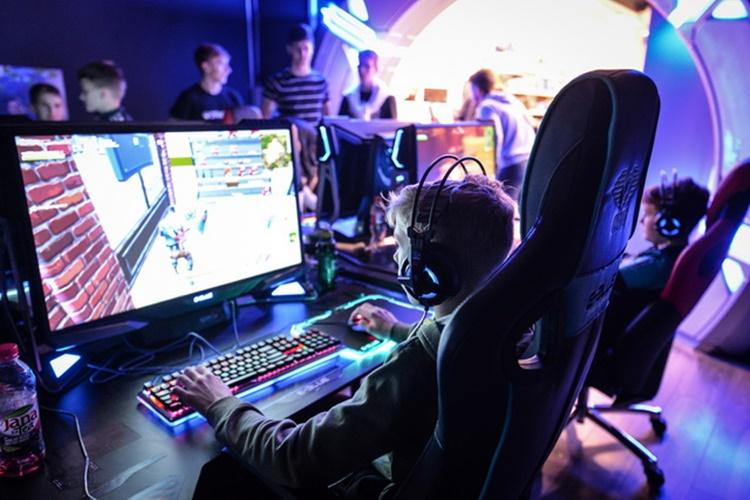 Dan gaminga_09
