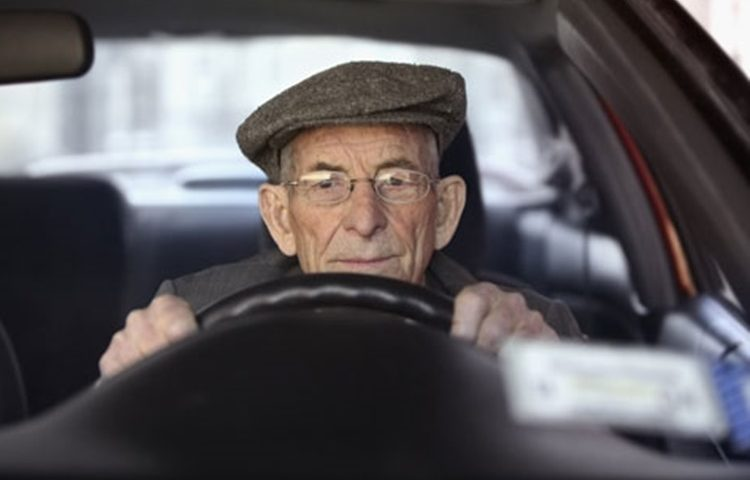 most-elderly-drivers-unaware-of-medication-impact-on-driving-study-shows-9726_1