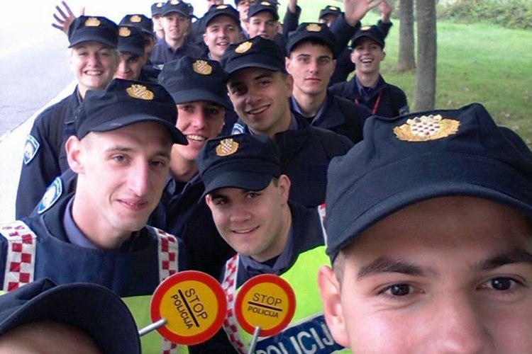 policija selfie