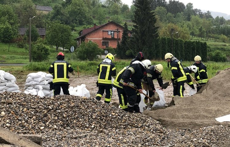poplava vatrogasci