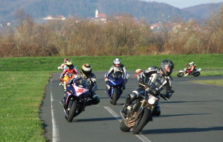 raus karting motocikl