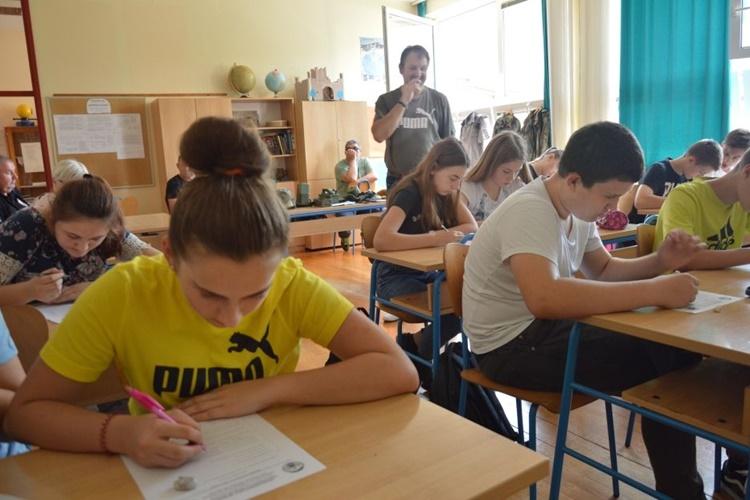 visnjica 6 ucenici skola