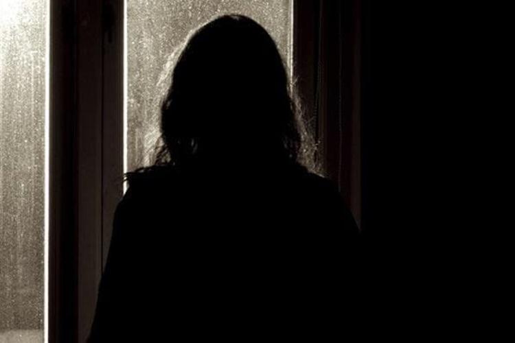 woman-silhouette_650x400_61480558806