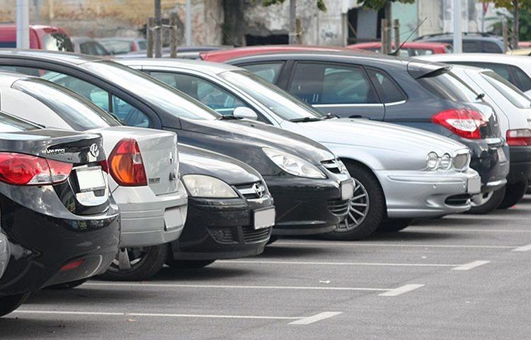 automobili parkiraliste