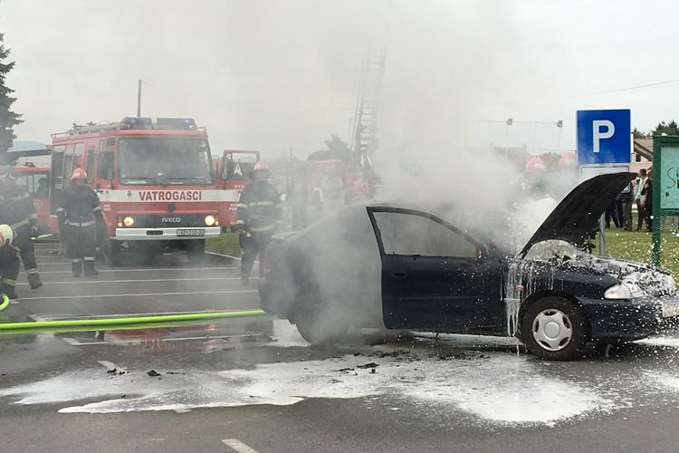 sracinec 22 vatrogasci vozilo pozar