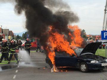 sracinec 25 vatrogasci vozilo pozar