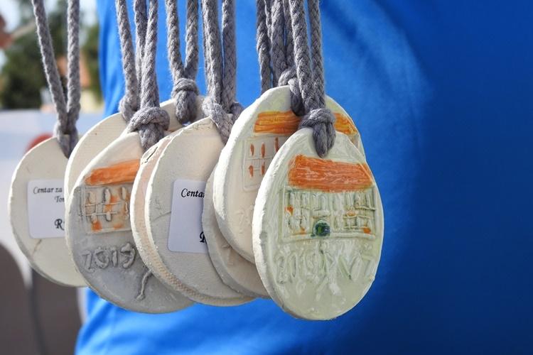 varazdinski-polumaraton-medalje