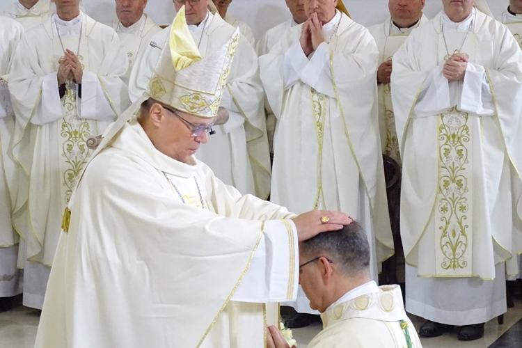 ređenje varaždinskog biskupa