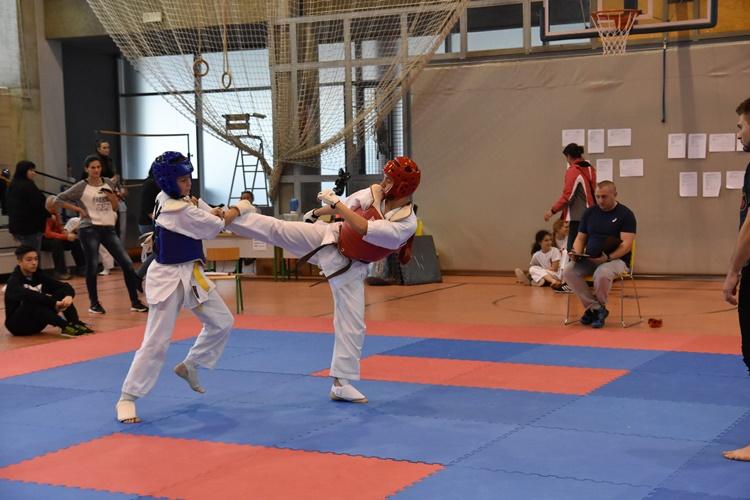 karate aik (3)