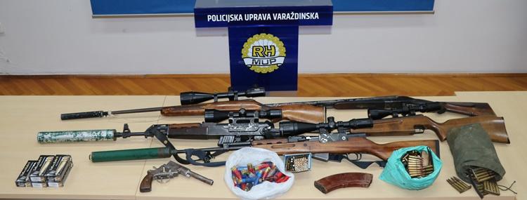 policija vž oružje