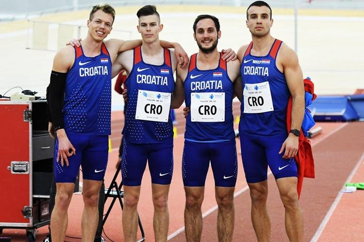 Petero atletičara AK Sloboda predstavljalo Hrvatsku u Novom Mestu