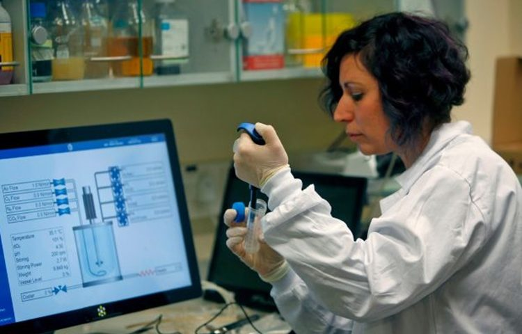koronavirus laboratorij