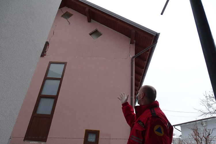 krapina stozer potres015