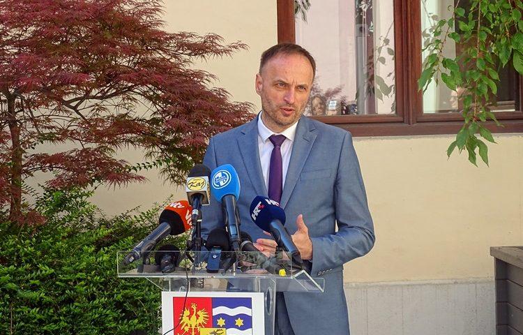 paljak press (2)
