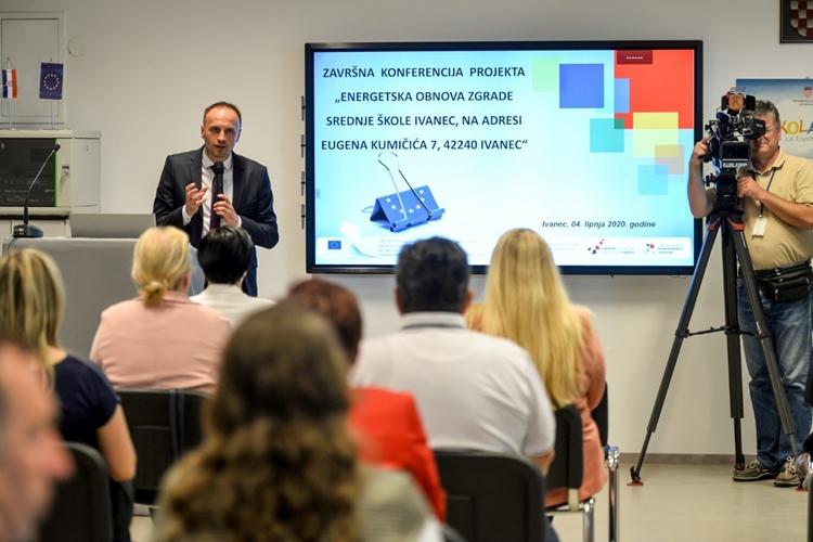 Srednja škola u Ivancu energetski obnovljena, zamjenik župana Paljak nazočio završnoj konferenciji