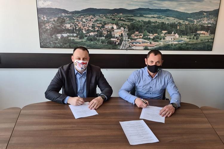 potpisivanje ugovora - uređenje sudovca (3)